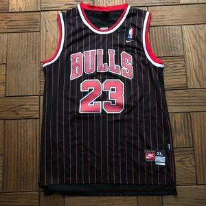 Retro Michael Jordan Chicago Bulls NBA Jersey XL
